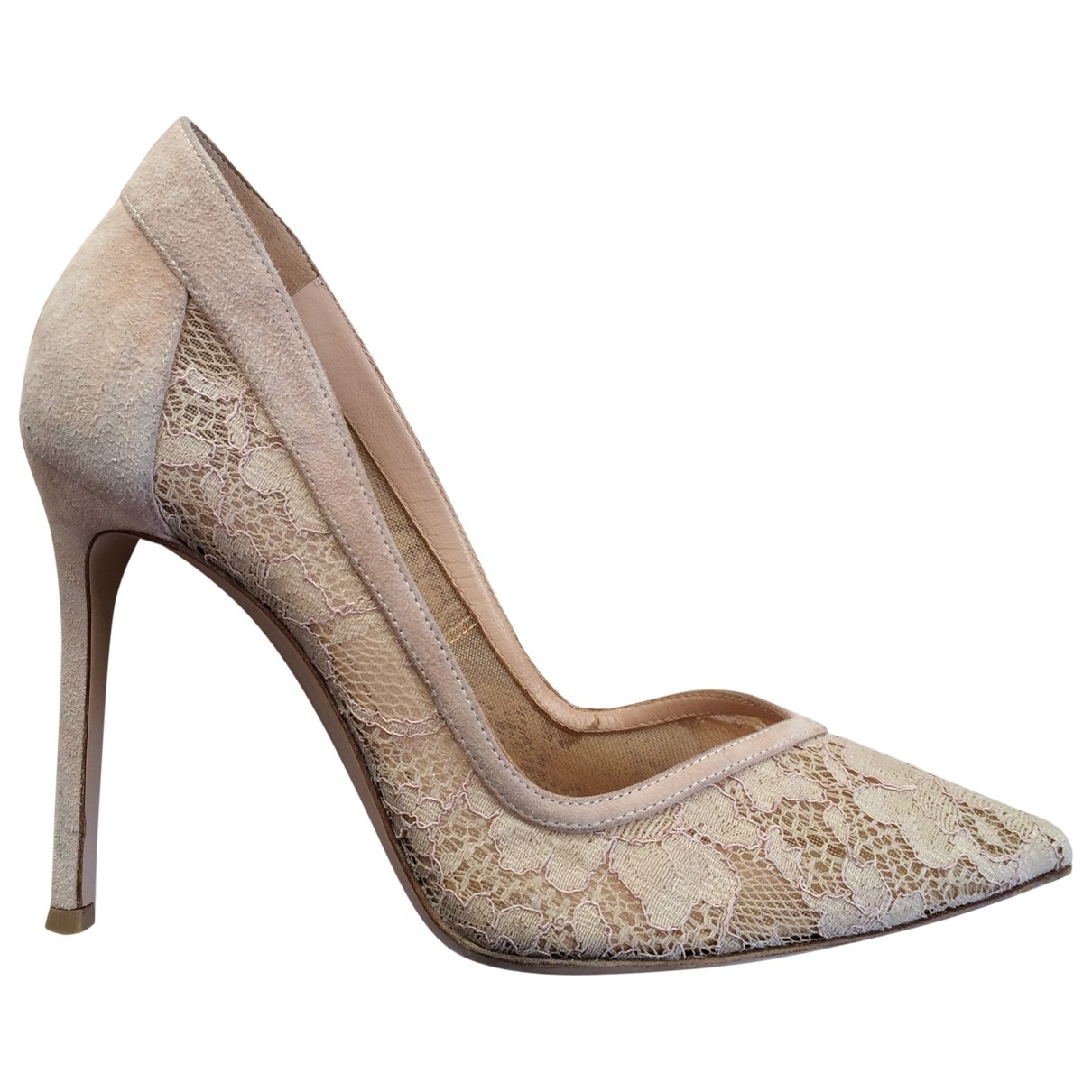 Gianvito Rossi \N Pumps in  Ecru Leinen