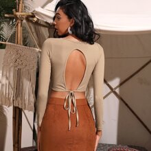 Cut Out Knot Back Crop Tee
