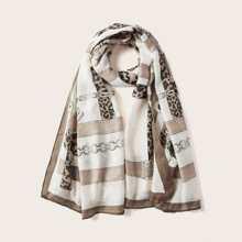 Schal mit Kette Muster
