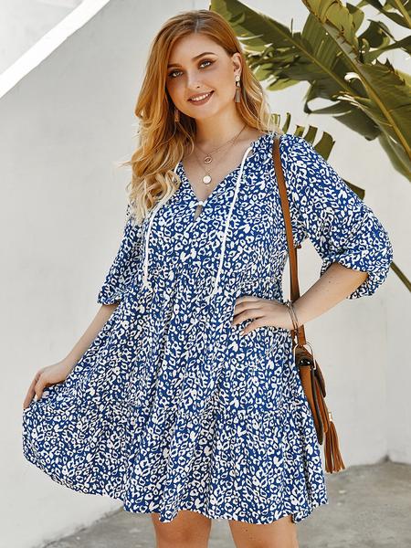 Yoins Plus Size Calico V-neck Rayon Dress