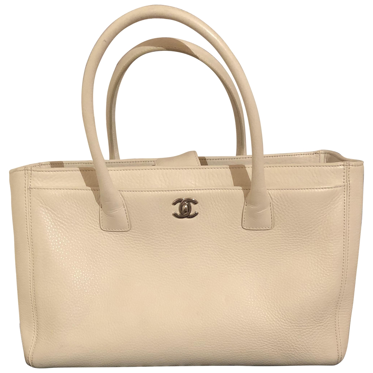 Chanel Executive White Leather handbag for Women \N