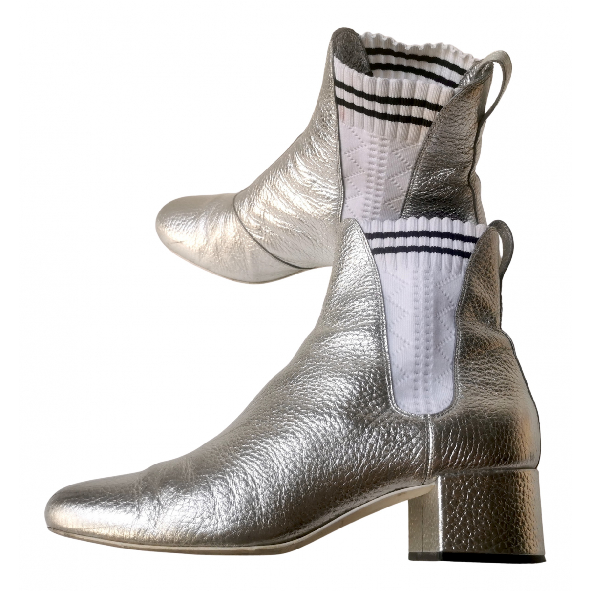 Fendi N Silver Leather Ankle boots for Women 38 IT