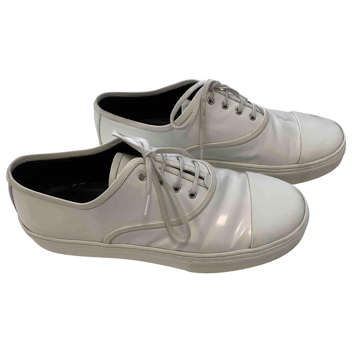 Celine \N Sneakers in  Weiss Lackleder