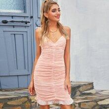 D&M vestido con fruncido con cordon lateral bajo con fruncido