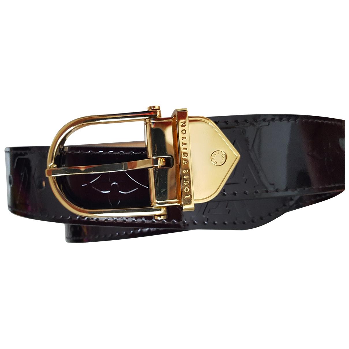 Louis Vuitton \N Guertel in  Lila Lackleder