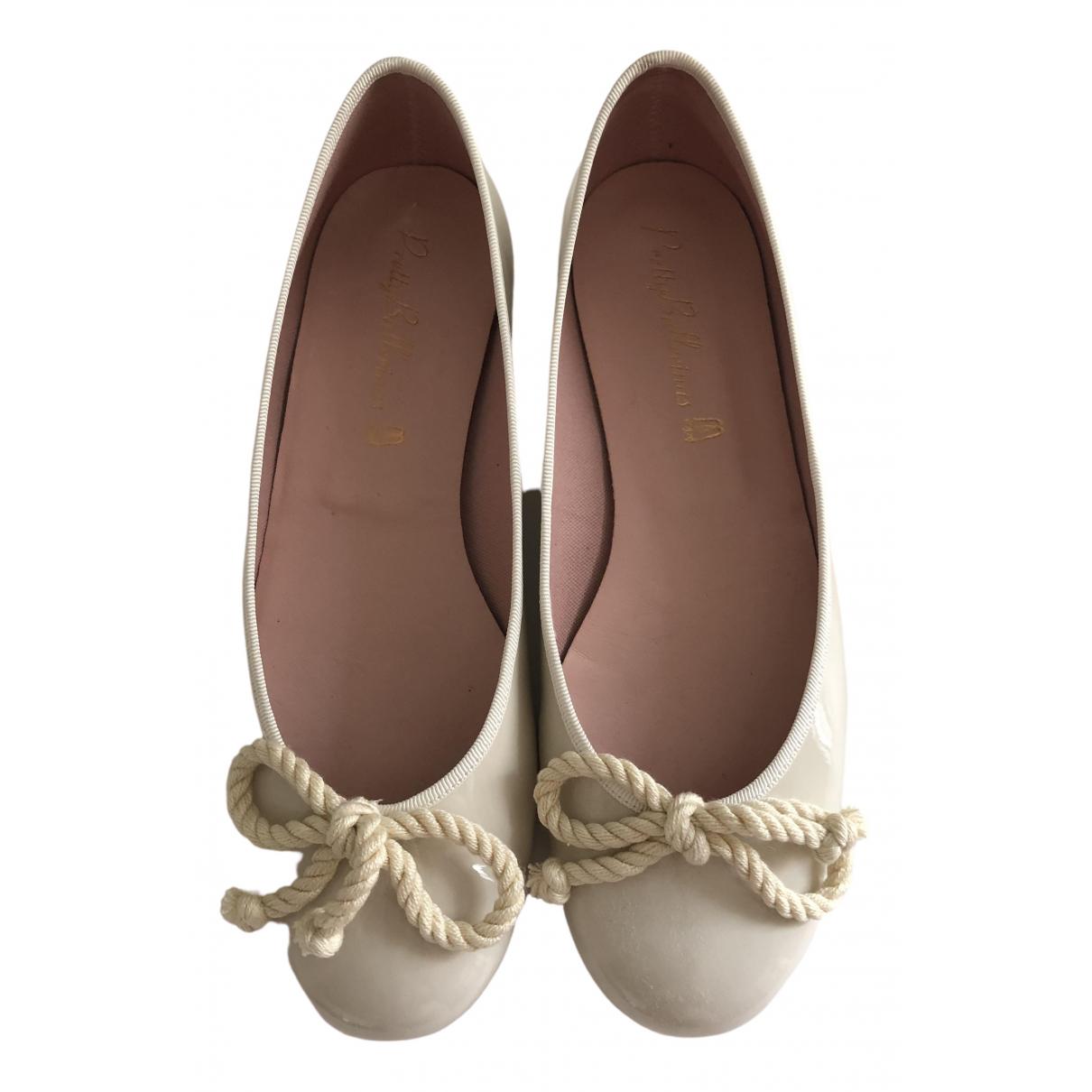 Pretty Ballerinas - Ballerines   pour femme en cuir verni - ecru