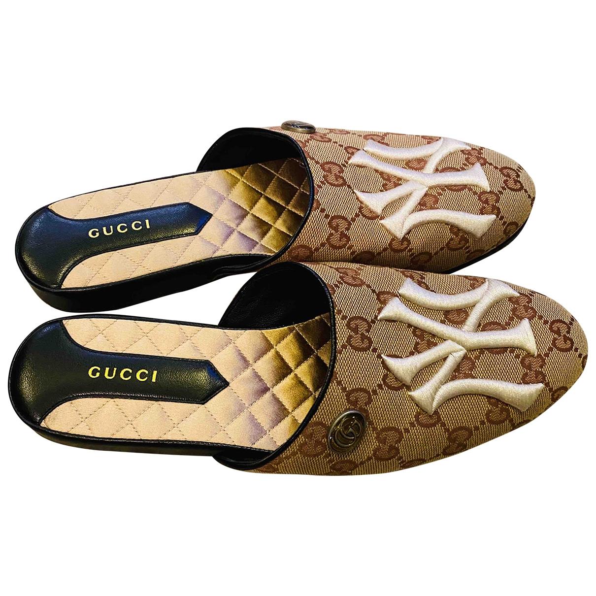 Gucci \N Beige Cloth Mules & Clogs for Women 38 EU