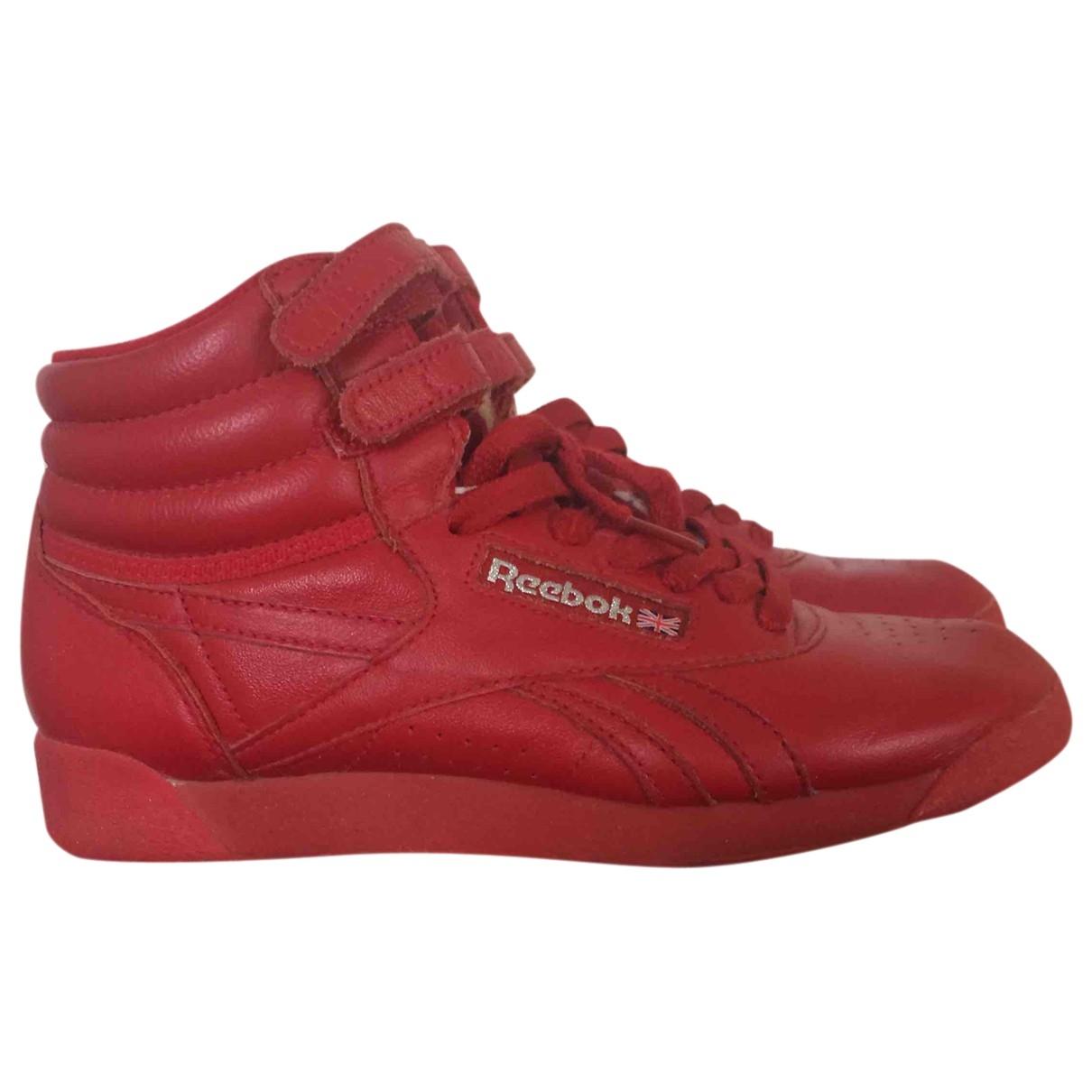 Reebok \N Sneakers in  Rot Leder