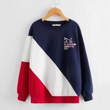 Pullover mit Grafik Muster, sehr tief angesetzter Schulterpartie und Farbblock