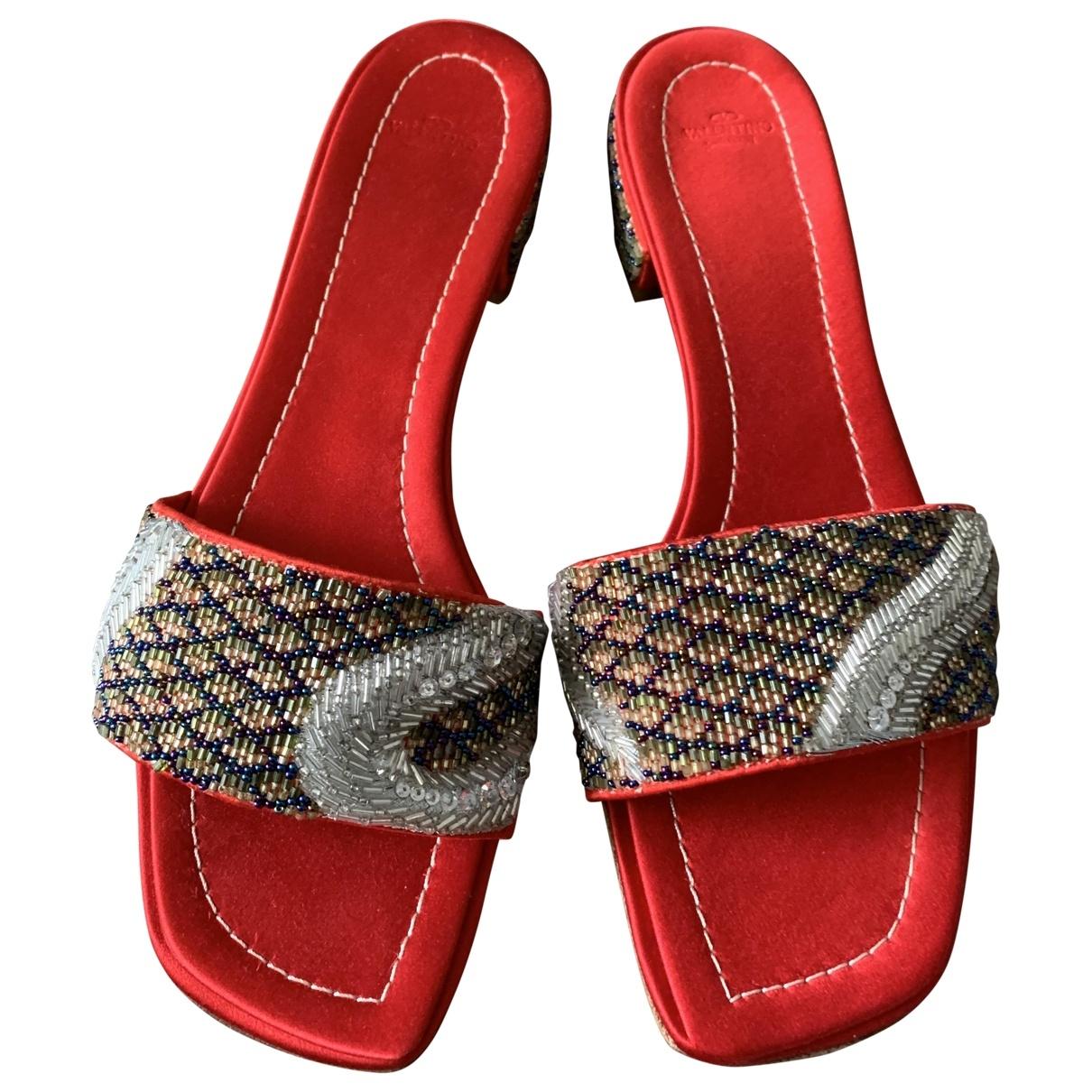 Valentino Garavani \N Sandalen in  Rot Leder