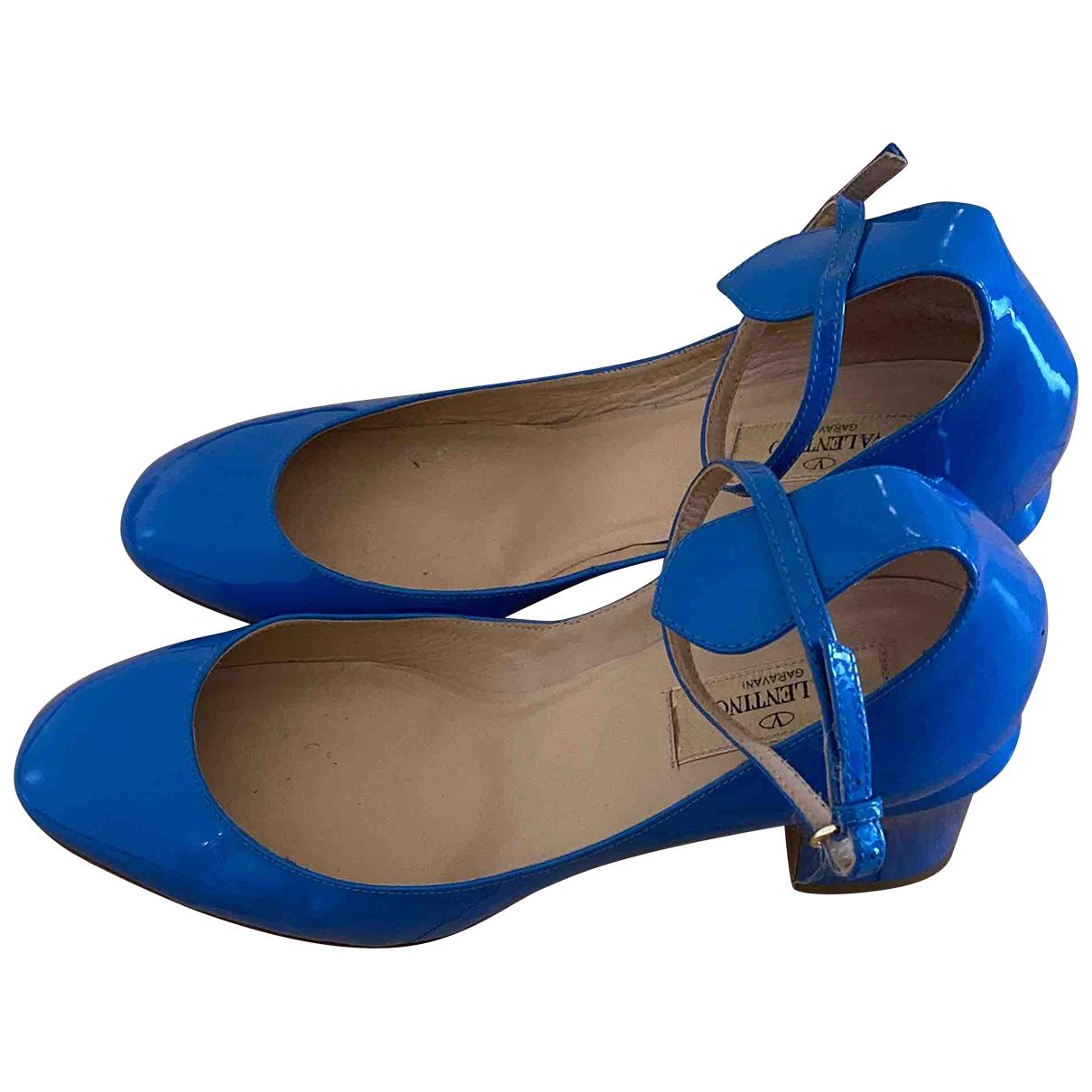 Valentino Garavani - Escarpins Tango pour femme en cuir verni - bleu