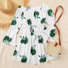Schulterfreies Kleid mit Pflanzen Muster und Kordelzug um die Taille