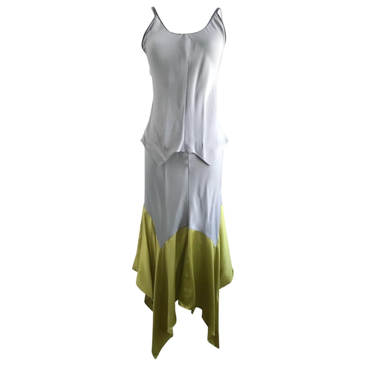 Yves Saint Laurent \N Kleid in  Grau Seide