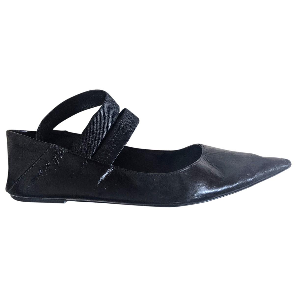 Zara \N Ballerinas in  Schwarz Leder