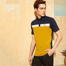 Maenner Polo Shirt mit Stickereien und Farbblock