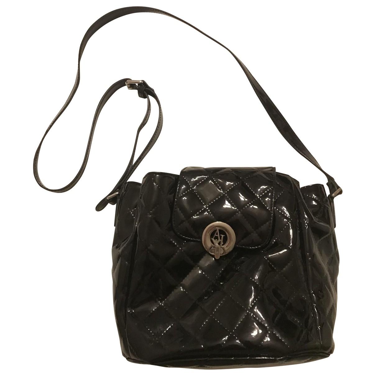 Armani Jeans \N Handtasche in  Schwarz Lackleder
