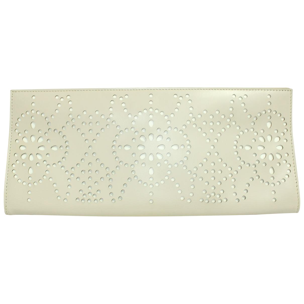 Alaïa \N Beige Leather Clutch bag for Women \N