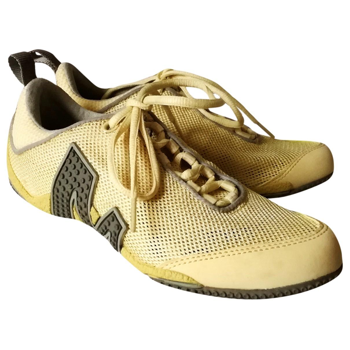 Merrell X Colette \N Sneakers in  Gelb Veloursleder