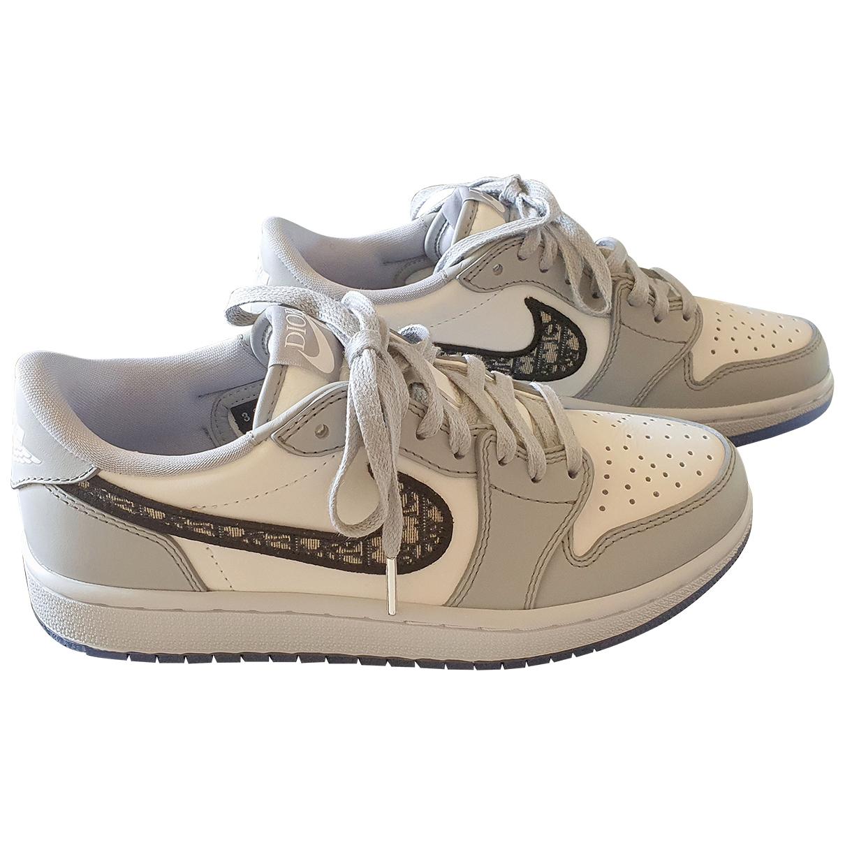 Jordan X Dior \N Sneakers in  Grau Leder
