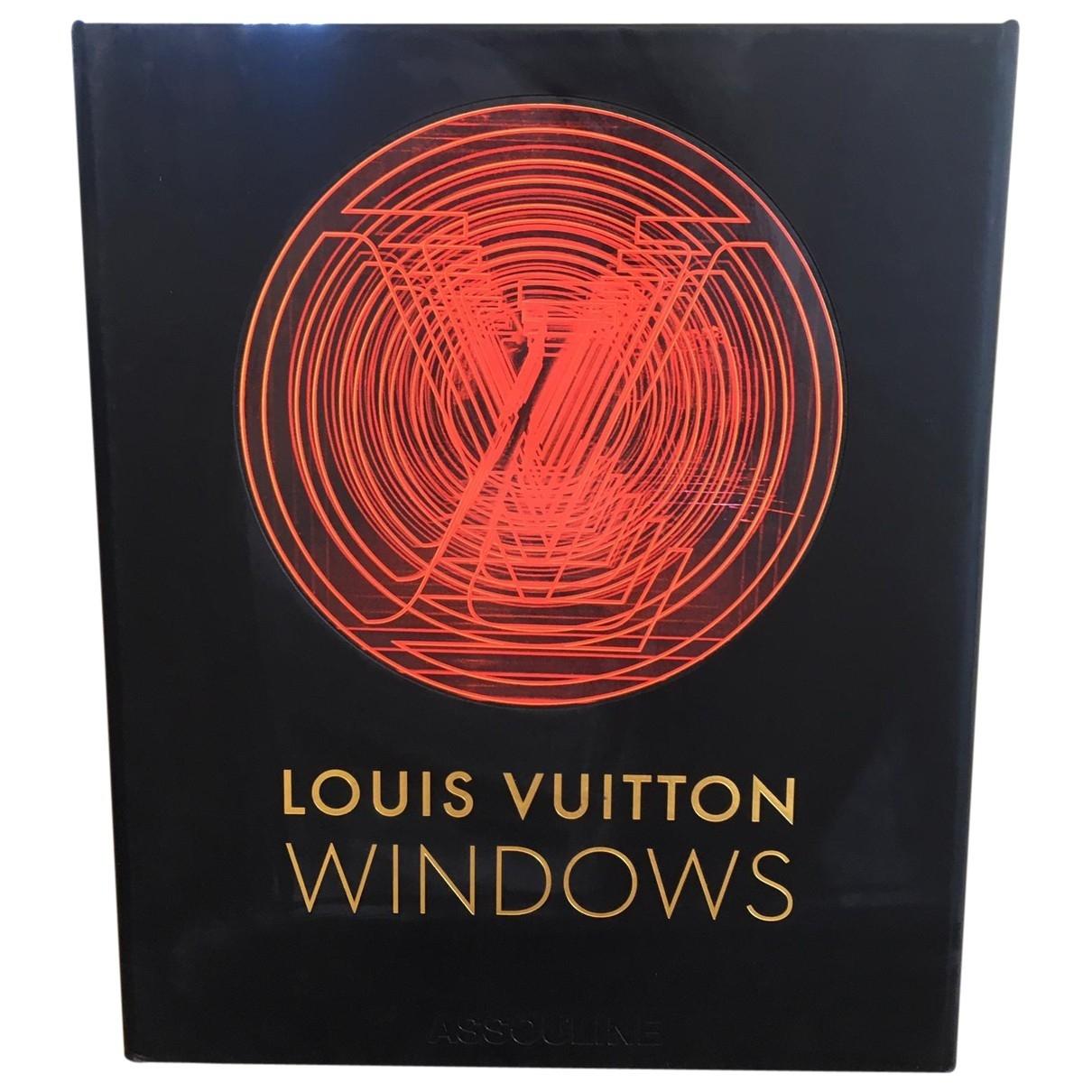 Louis Vuitton - Mode   pour lifestyle en bois - noir
