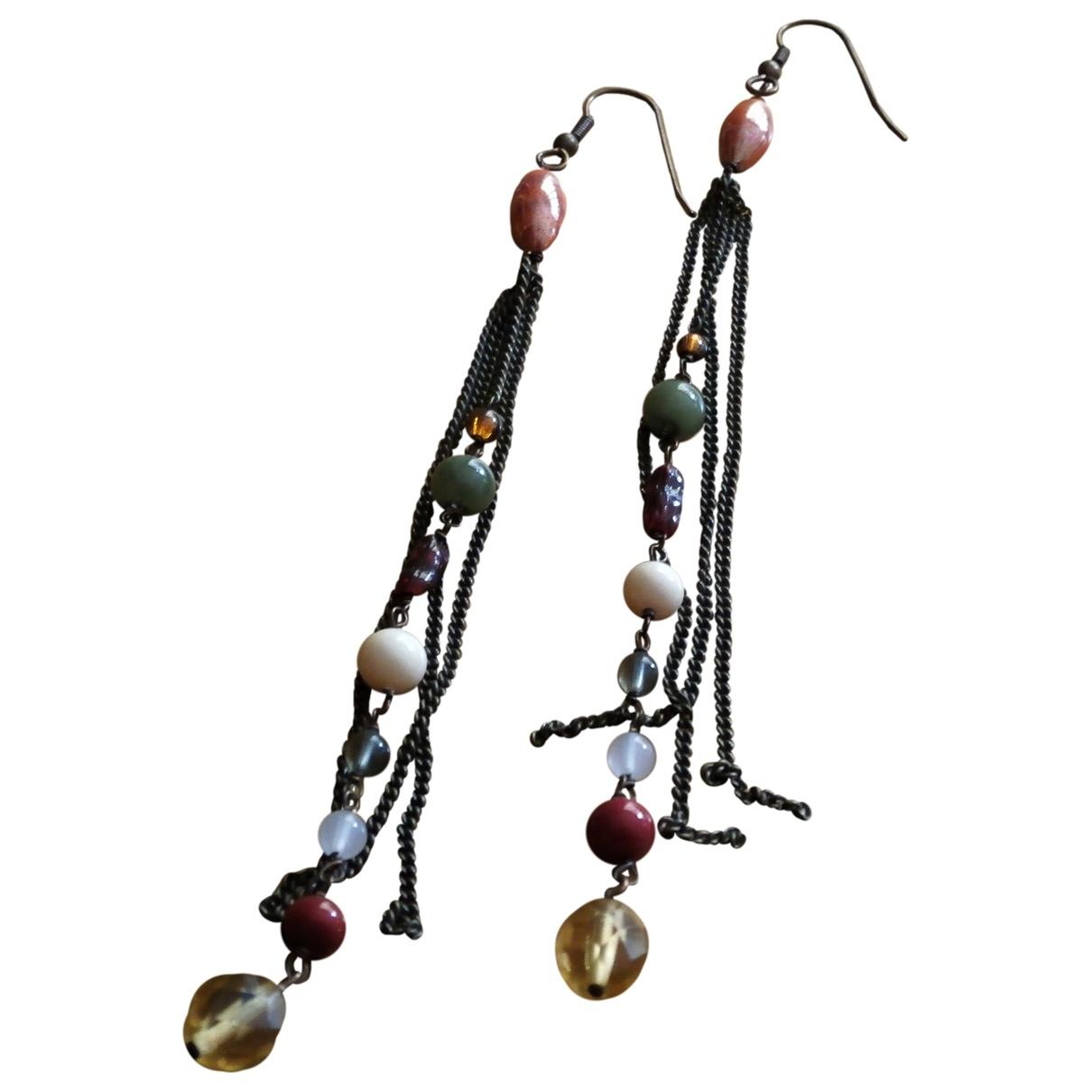- Boucles doreilles   pour femme en metal