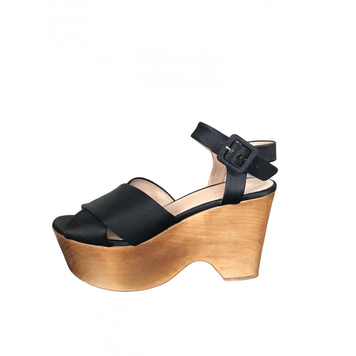Celine \N Black Cloth Sandals for Women 39 EU