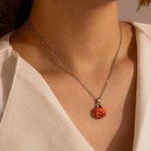 Halskette mit Halloween Kuerbis Anhaenger