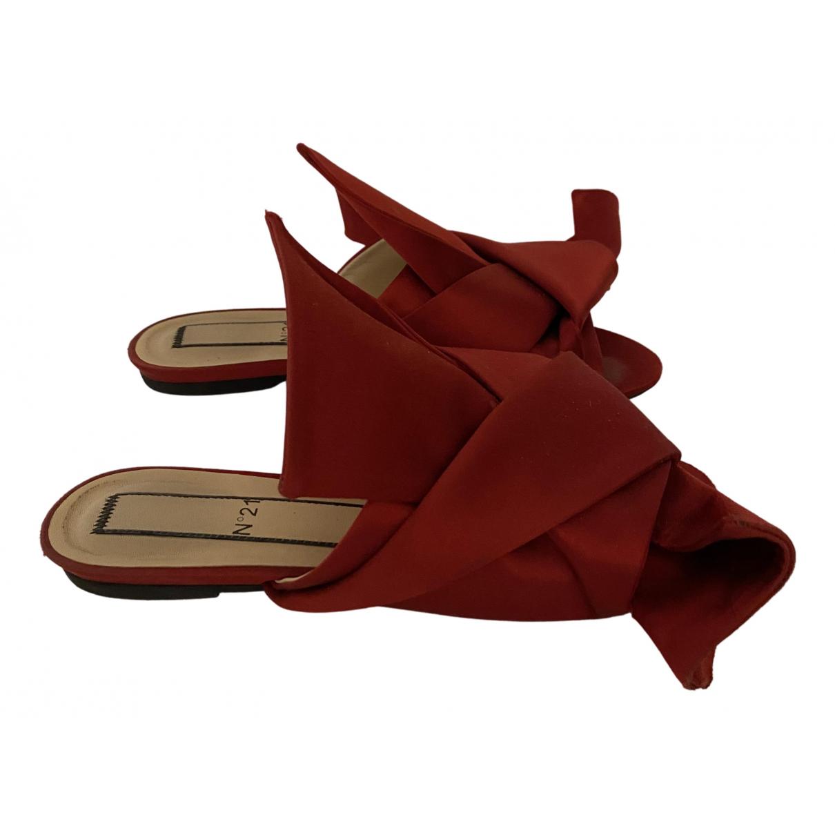 N°21 - Sandales   pour femme en toile - rouge