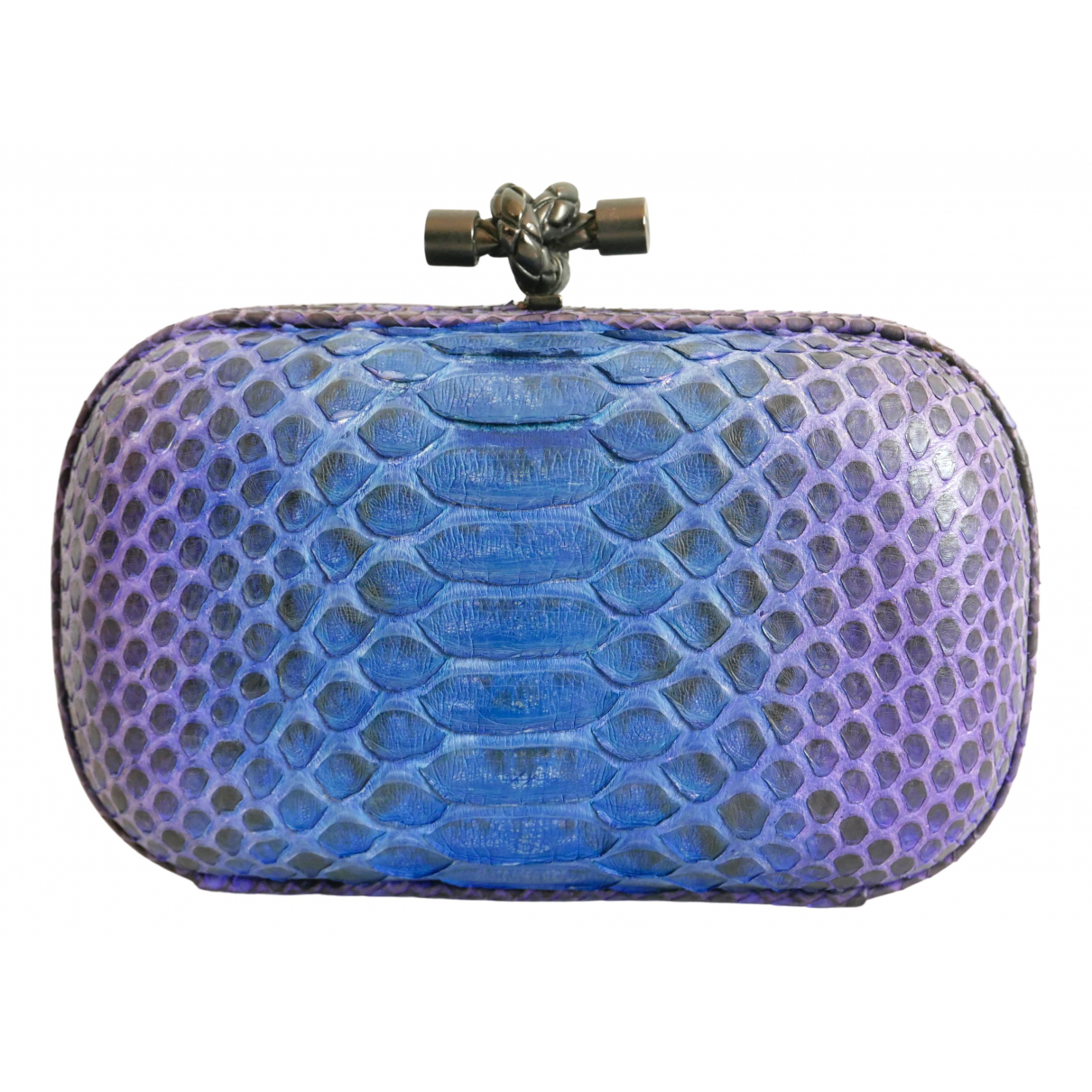 Bottega Veneta Pochette Knot Clutch in  Blau Python