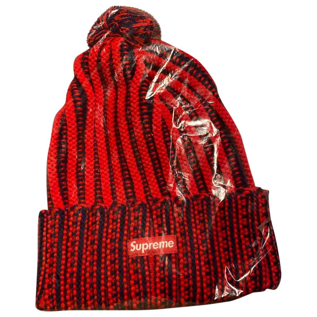 Supreme \N Hut, Muetzen in  Rot Wolle