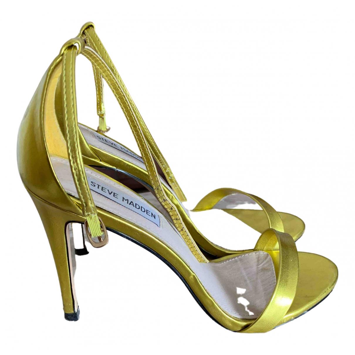 Steve Madden \N Pumps in  Gold Leder