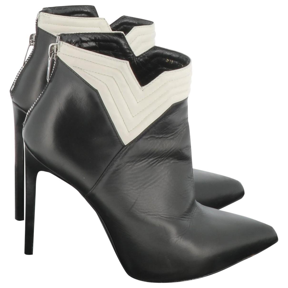 Saint Laurent \N Black Leather Ankle boots for Women 39.5 EU