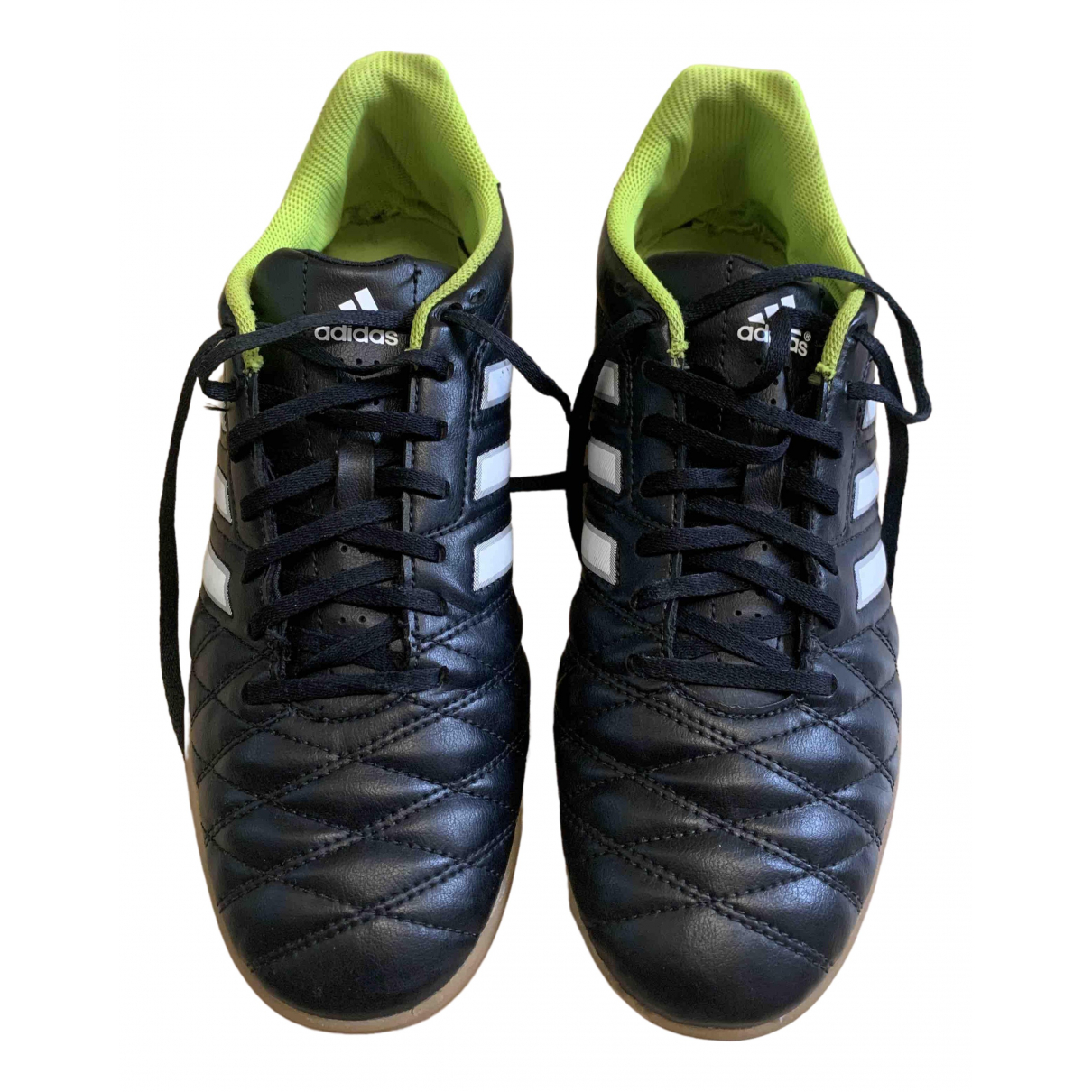 Adidas \N Sneakers in  Schwarz Lackleder