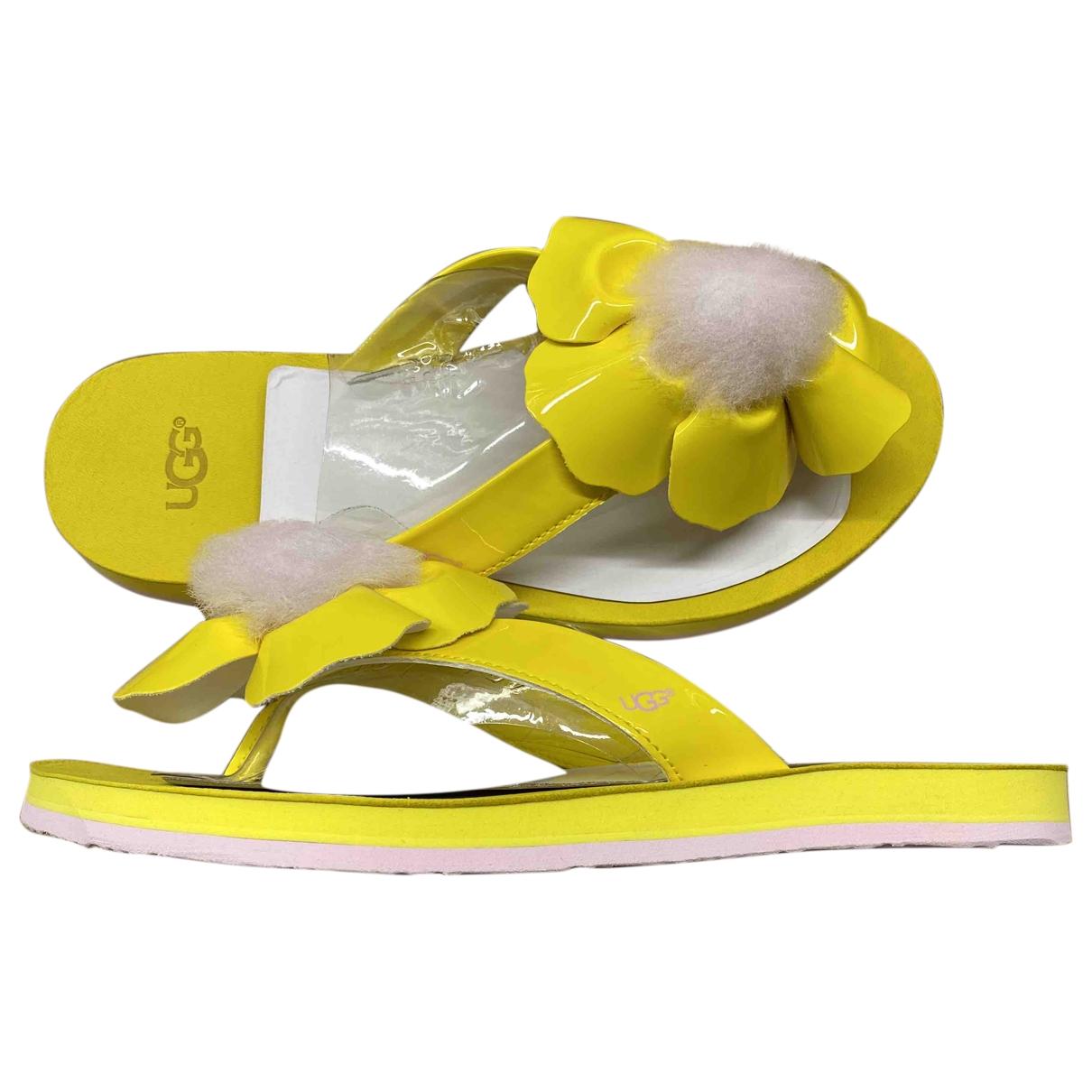 Ugg - Sandales   pour femme en caoutchouc - jaune