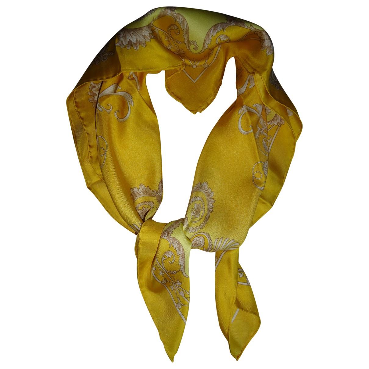 Versace \N Schal in  Gelb Seide