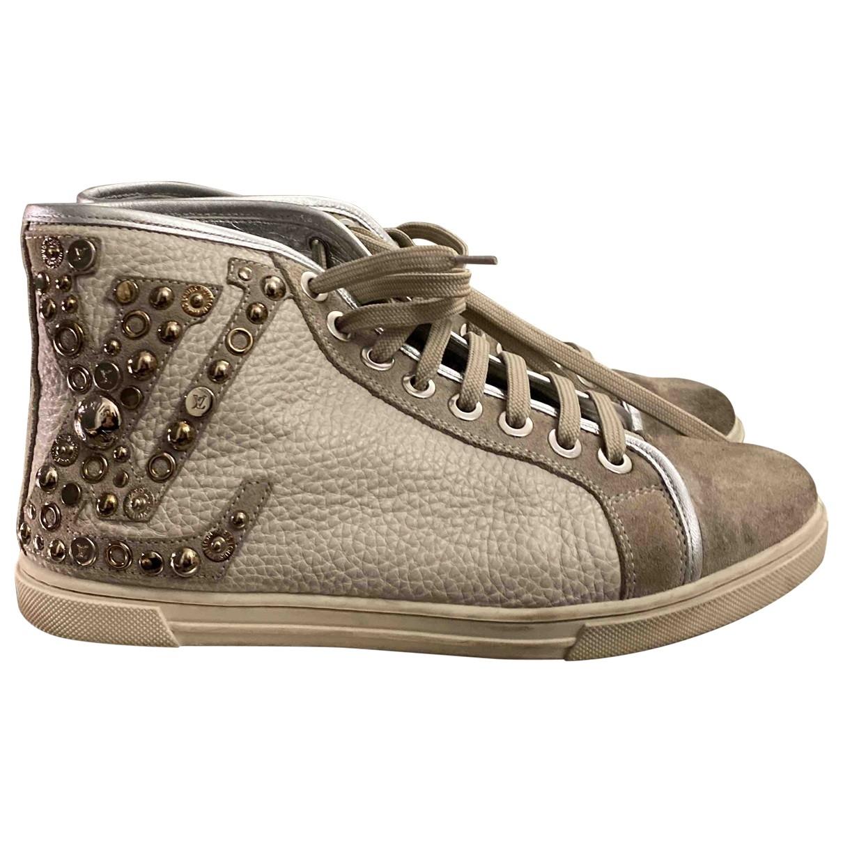 Louis Vuitton Stellar Sneakers in  Grau Veloursleder