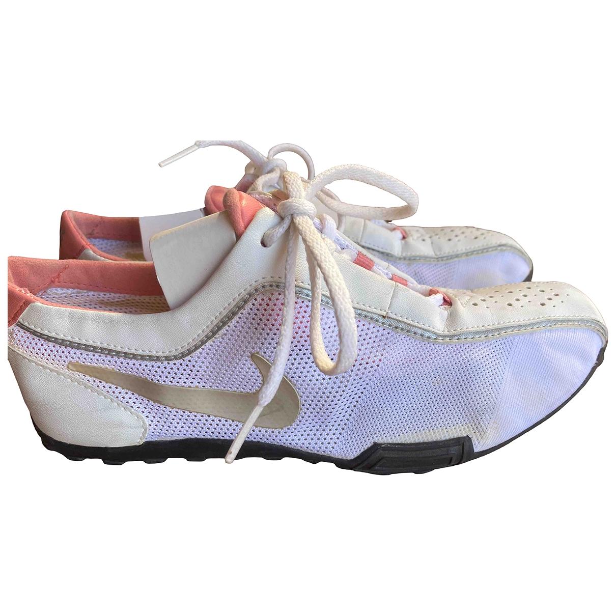Nike \N White Cloth Trainers for Women 35 EU