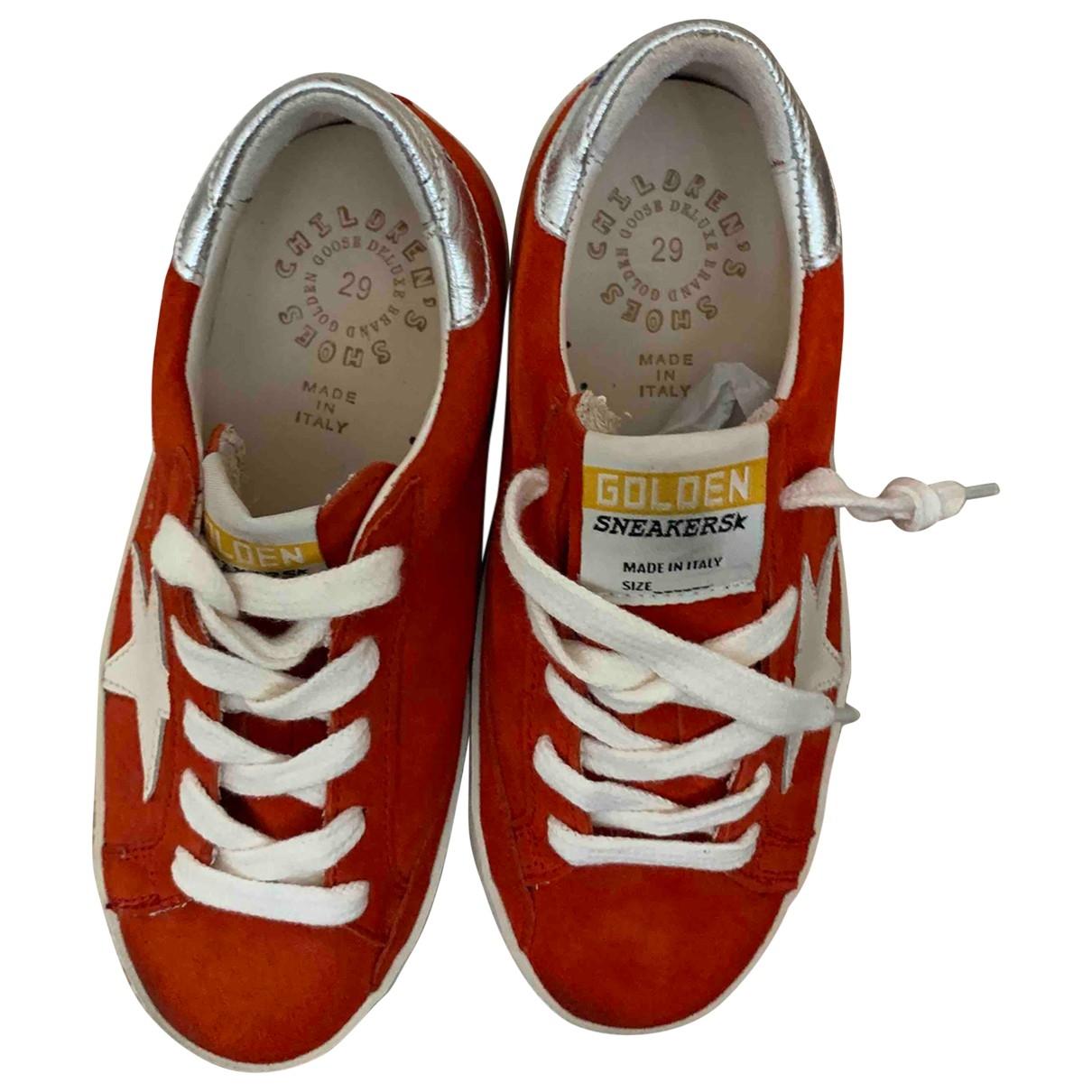 Golden Goose Superstar Sneakers in  Rot Veloursleder