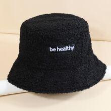 Sombrero cubo con bordado de letra