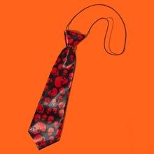 Corbata de perro con patron de halloween