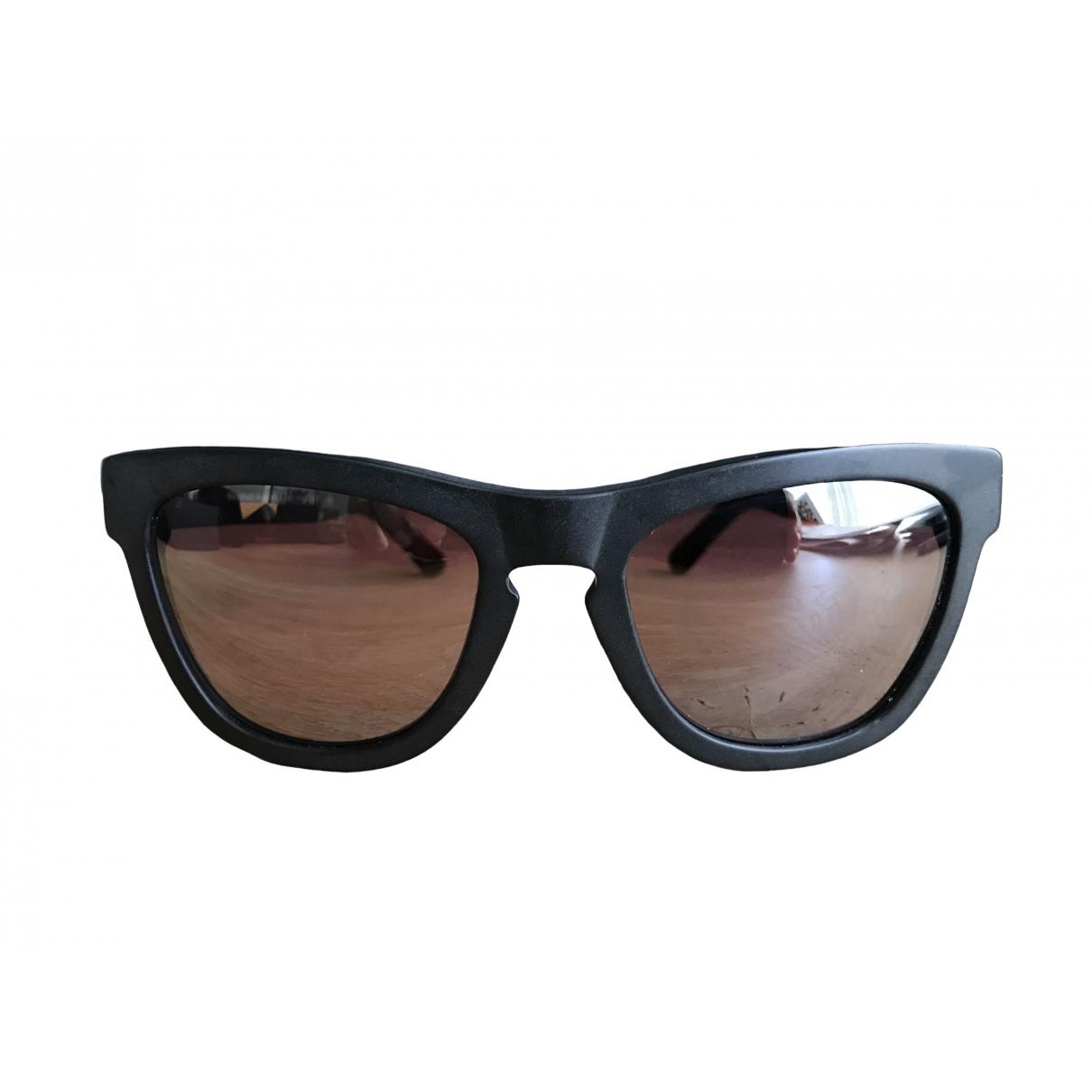 Gafas Westward Leaning