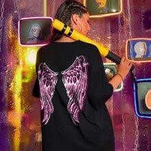 Camiseta amplia con estampado de alas y slogan