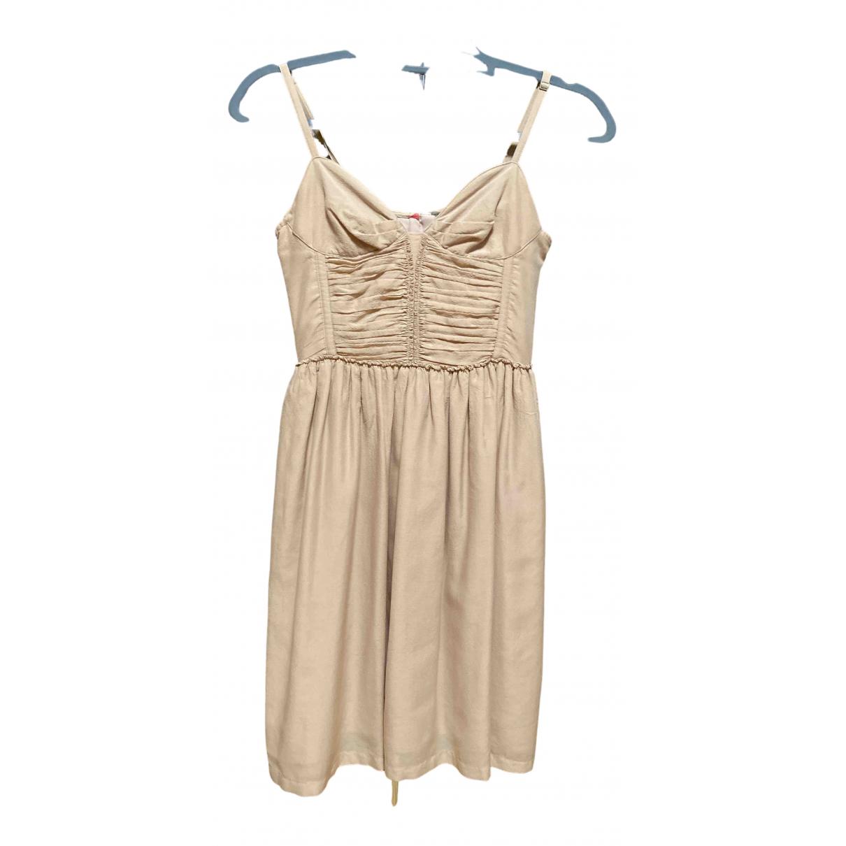 Burberry \N Kleid in  Beige Seide