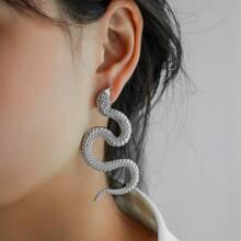 Metallischer Serpentin Ohrstecker