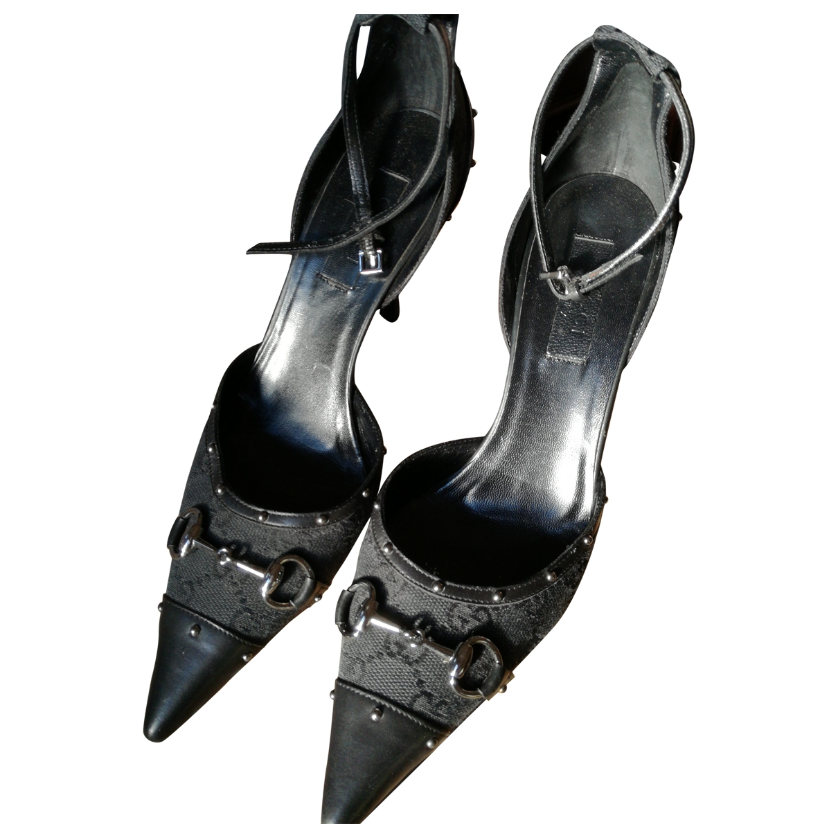 Gucci \N Pumps in  Schwarz Leinen