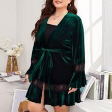Plus Contrast Lace Self Tie Velvet Robe