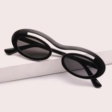 Maenner Sonnenbrille mit ovalem Rahmen