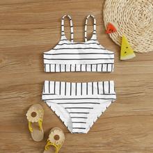 Maedchen Bikini mit Streifen und hoher Taille
