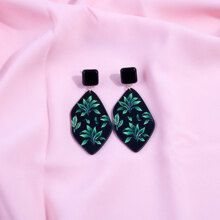 Leaf Design Geometric Drop Earrings