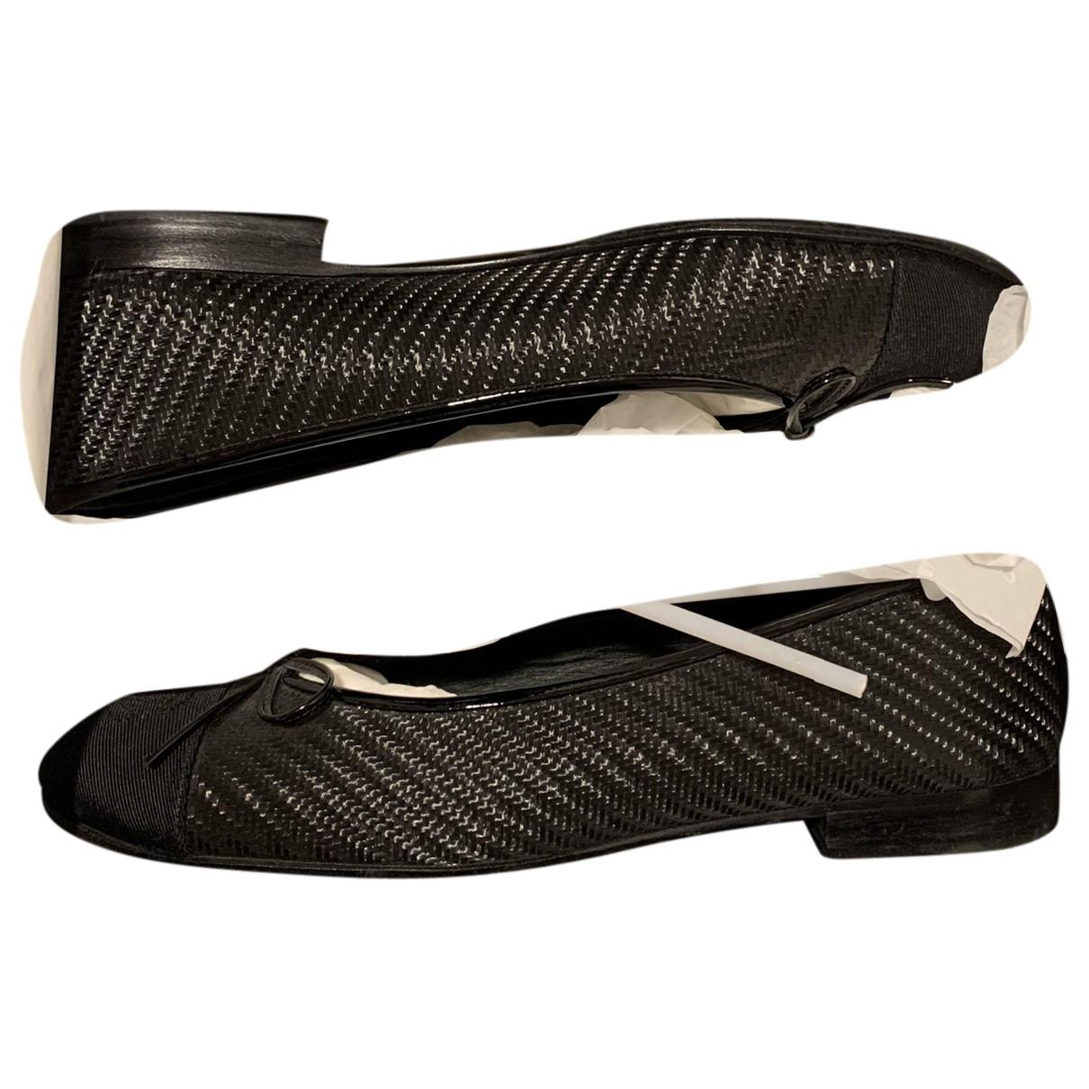 Chanel \N Black Leather Ballet flats for Women 38.5 EU